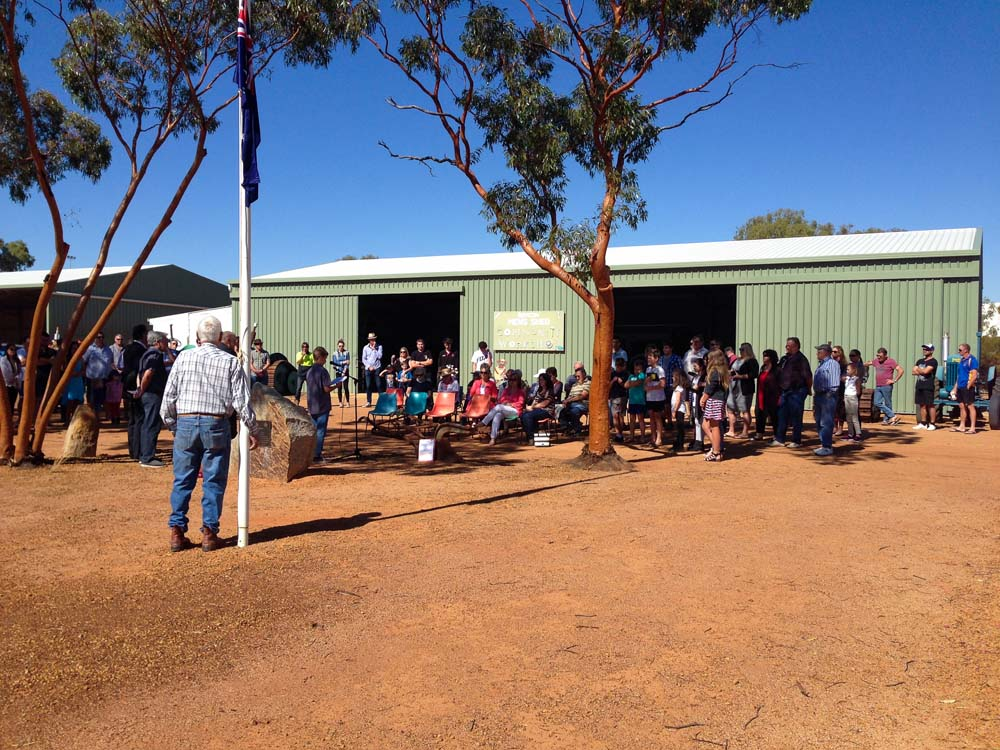 people gathered for ANZAC Service 2017 outside Beacon Mens Shed