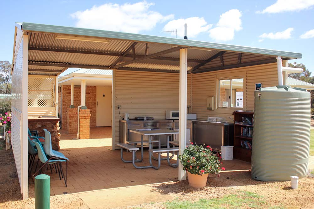 Beacon Caravan Park outdoor covered Camp Kitchen